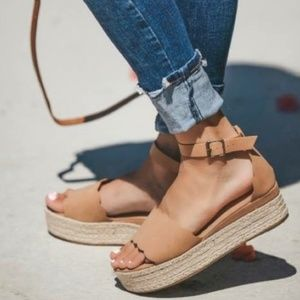 ⭐Scalloped Platfrom Wedged Ankle Strap Espadrilles